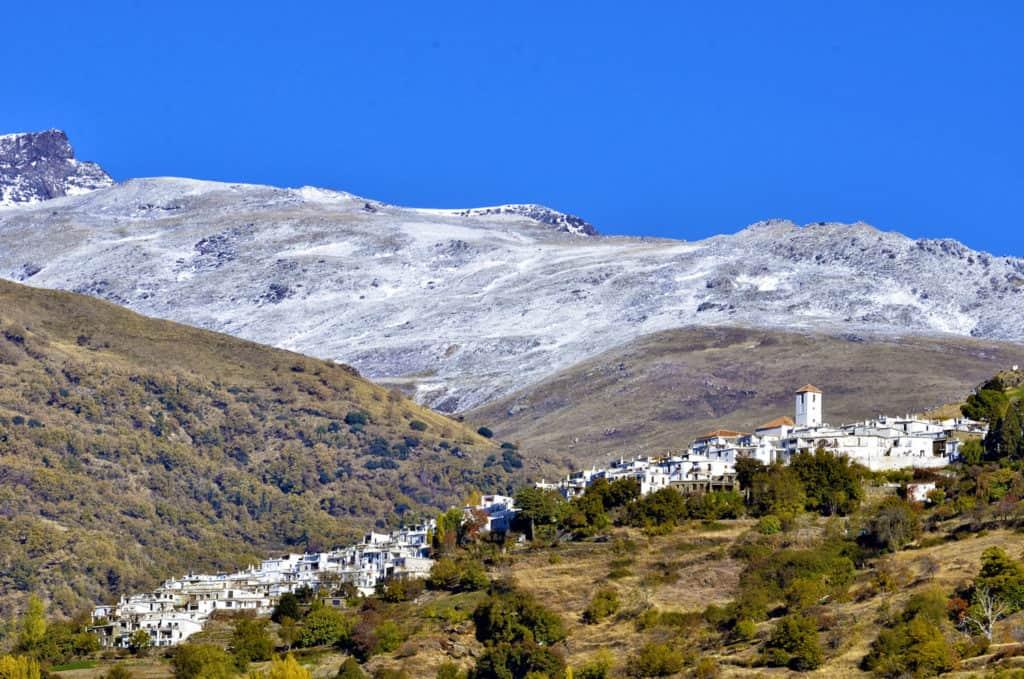 Capileira es uno de los mejores destinos para una escapada rural con niños en Andalucía