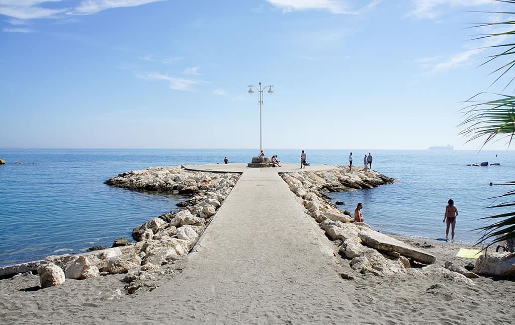 Pedregalejo es una de las cosas que ver de vacaciones en Málaga